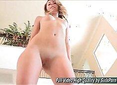 Leyla sexy blonde hot dancing
