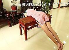 Chinese girl vintage hard paddling