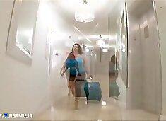 Maria Moore, Samantha 38g - Massaging Maria Moore