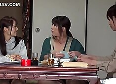 Real-716 A family 4 woman is HD
