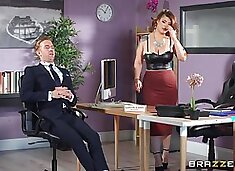 Curvy woman fucks at the office with the needy boss